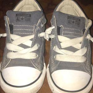 Size 10 toddler boy! Converse